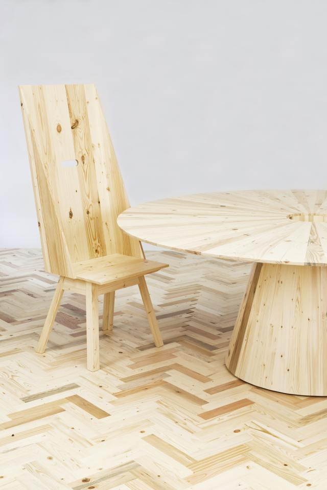 Blomberg chair and table