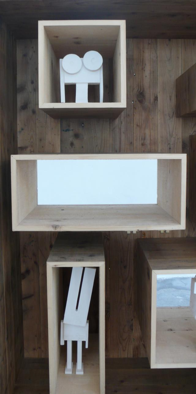 Reveal Cabinet