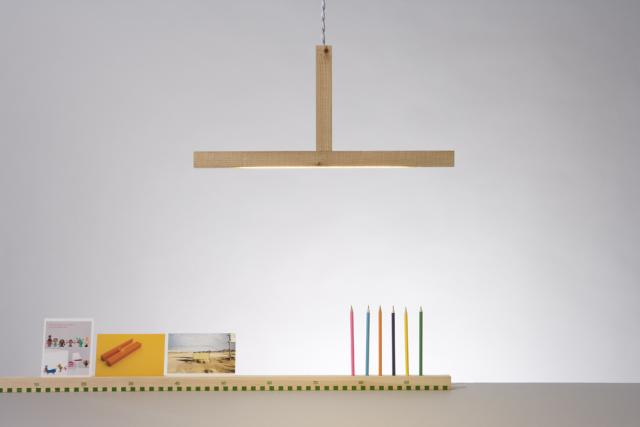 pendent 1x1 lamp and 1x1 ruler, 1 meter with slot for pens and cards