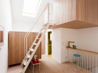 Voss Street interior